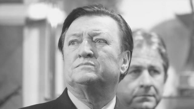 Od posljedica korona virusa je preminuo legendarni Otto Barić