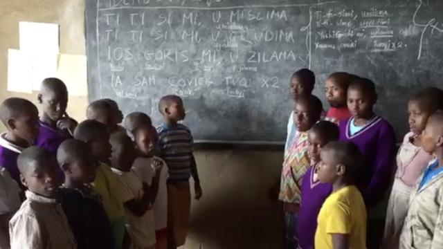 Naučili ga: Djeca iz afričkog sirotišta pjevaju Dvornikov hit