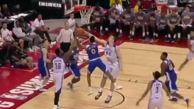 Zubac zabio 9 koševa u  pobjedi Lakersa protiv  Golden Statea...