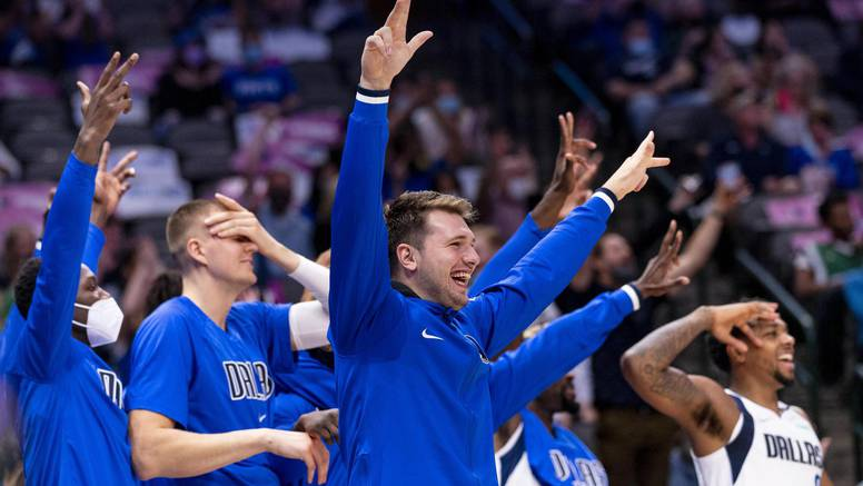 Dončić i ekipa razbili Hornetse u Jordanovoj kući: Najuvjerljivija pobjeda u NBA predsezoni ikad!