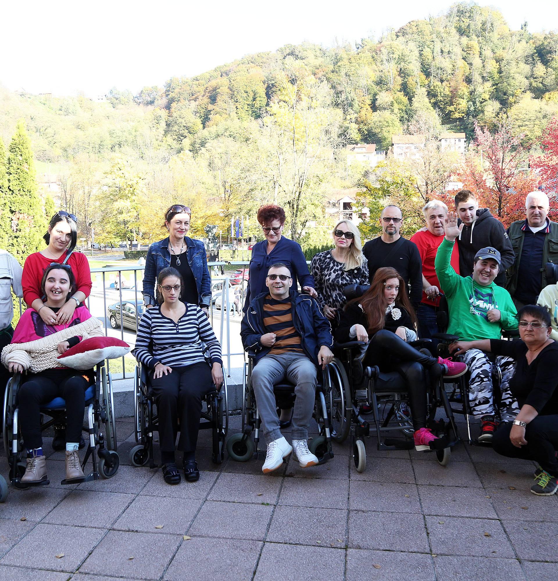 SRAMOTA: Djeci invalidima ograničena je rehabilitacija