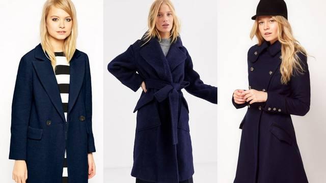 Navy kaput tamno plavog tona u 10 praktičnih kombinacija