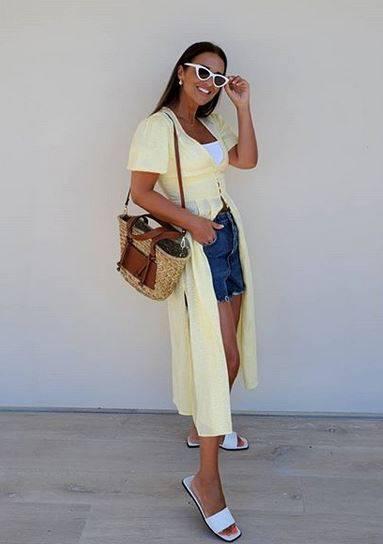 Lepršava ljetna haljina može se nositi i na hlačice - kao ogrtač