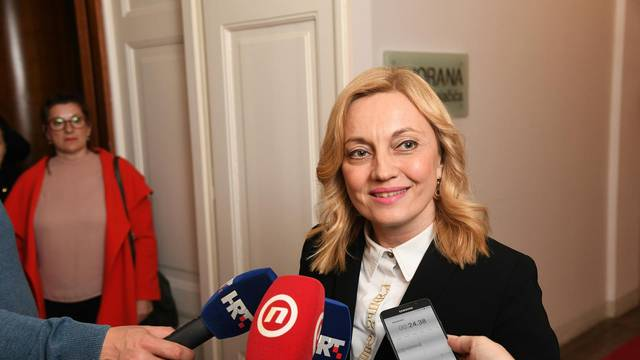 HSS: Marijana Petir obmanjuje javnost, laže i nanosi nam štetu
