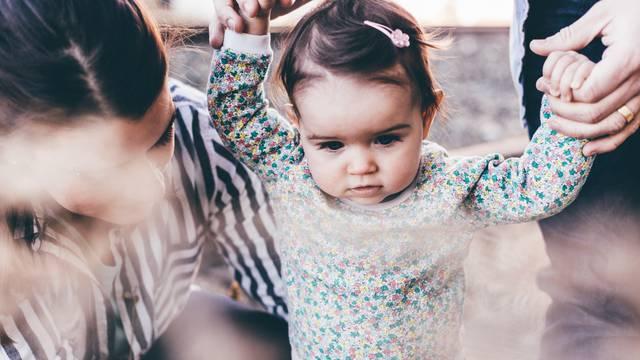 Tri načina na koja današnji roditelji upropaštavaju djecu