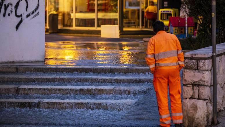 Ulice Splita poplavile, nekoliko desetaka stanova je bez vode