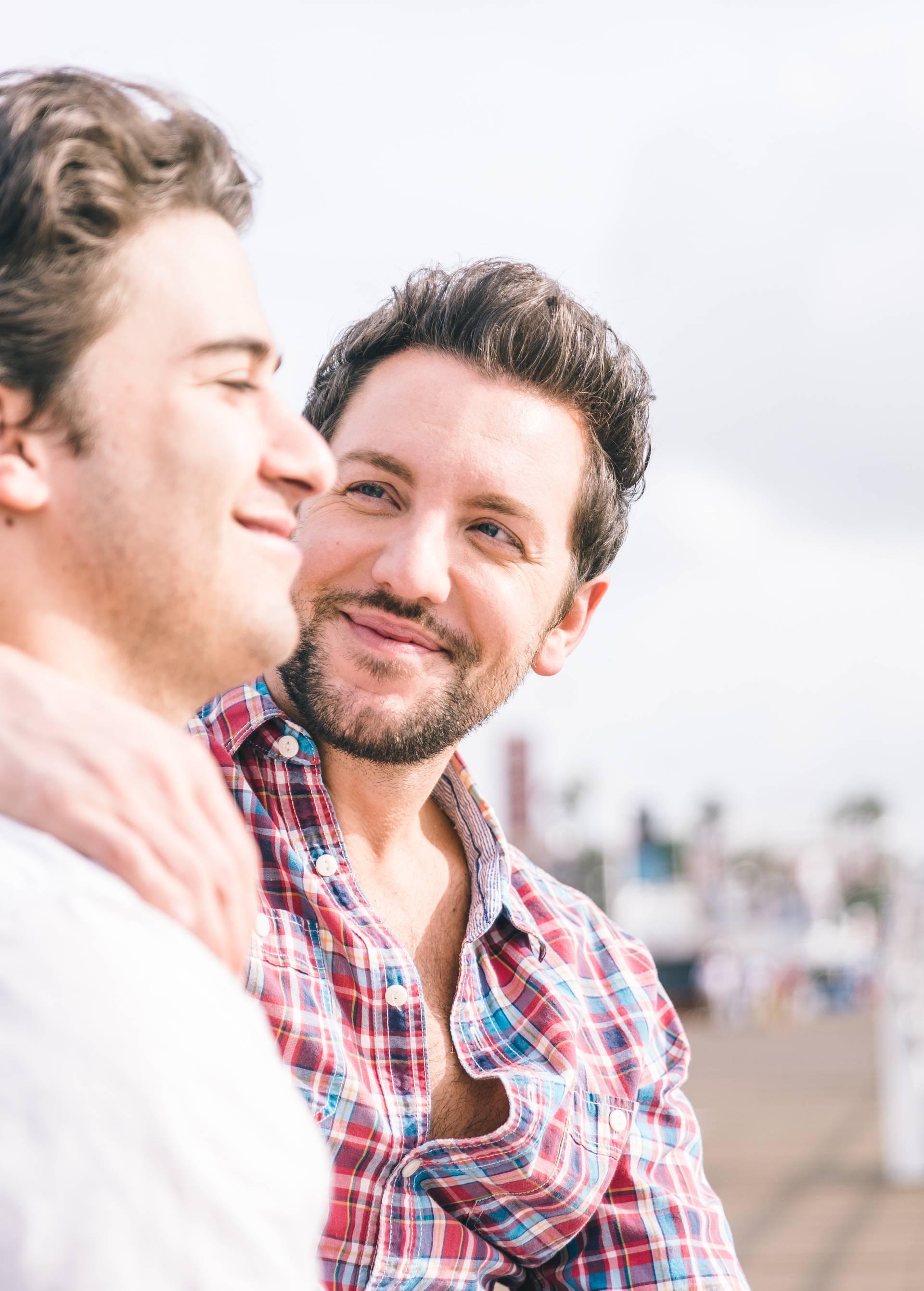 'Bio sam siguran da sam gay sve dok se nisam zaljubio u svoju najbolju prijateljicu'