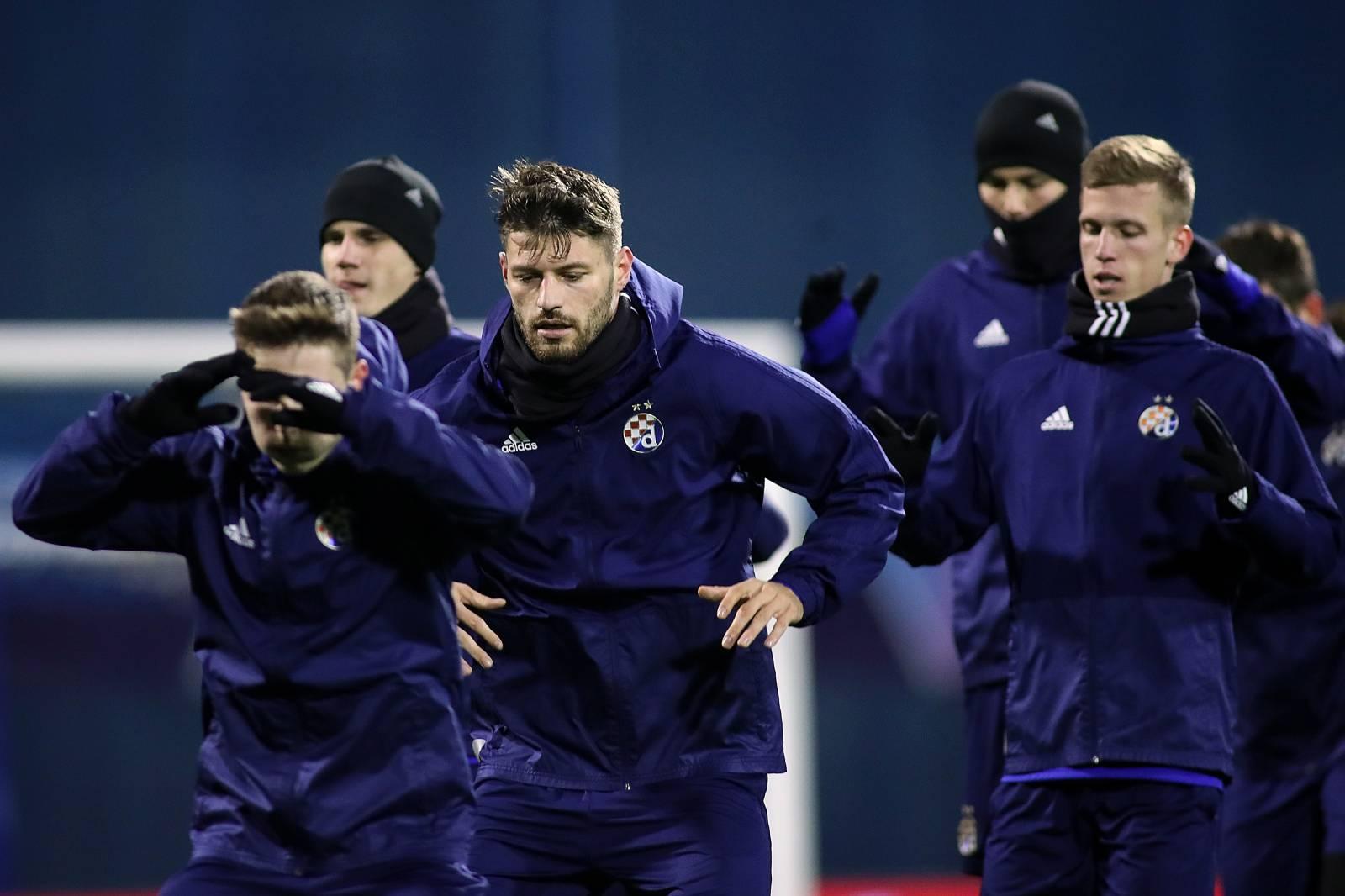 Zagreb: Nogometaši Dinama odradili trening
