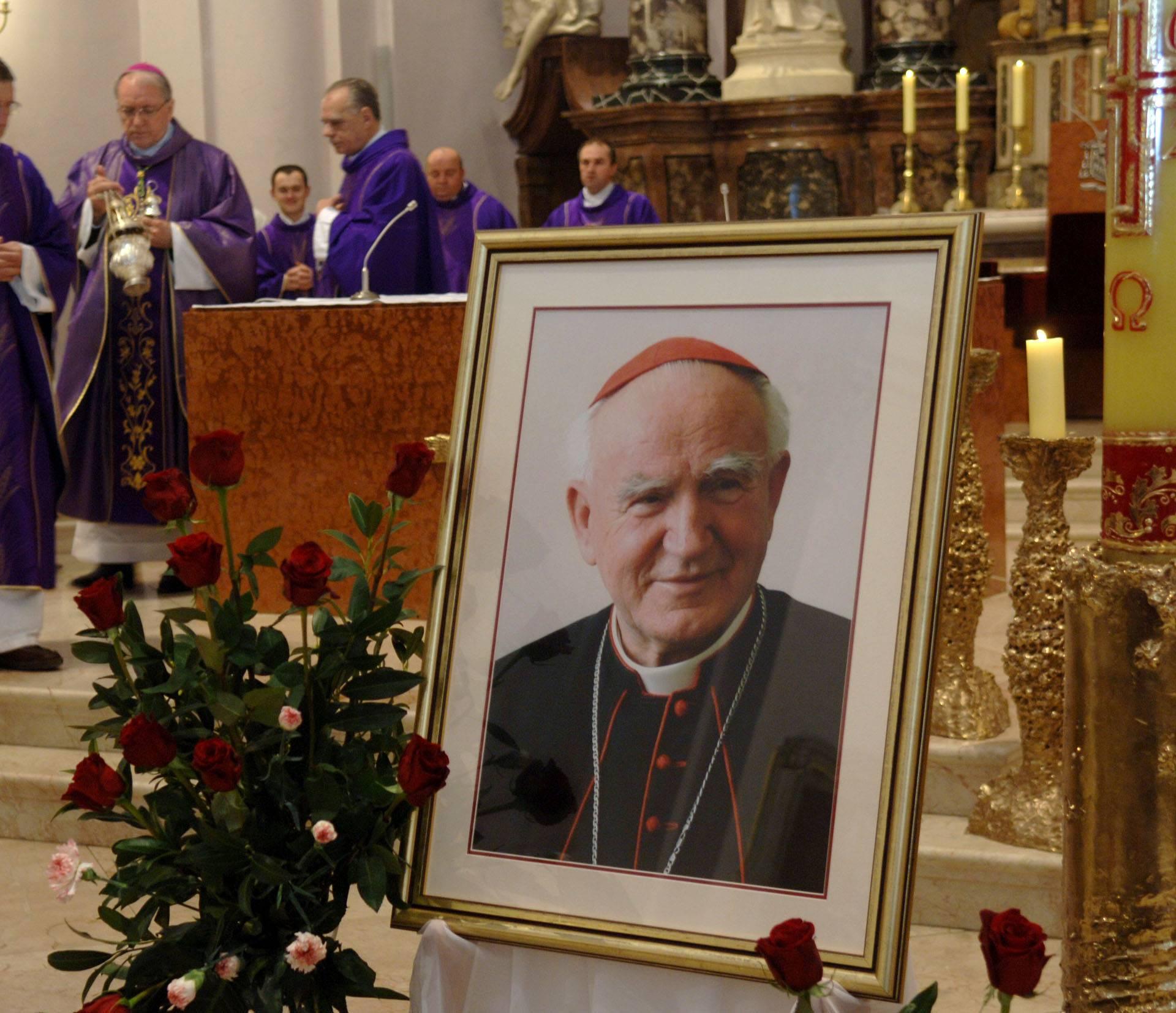Običljezena 11. godisnjica smrti Kardinala Kuharica u pozeskoj