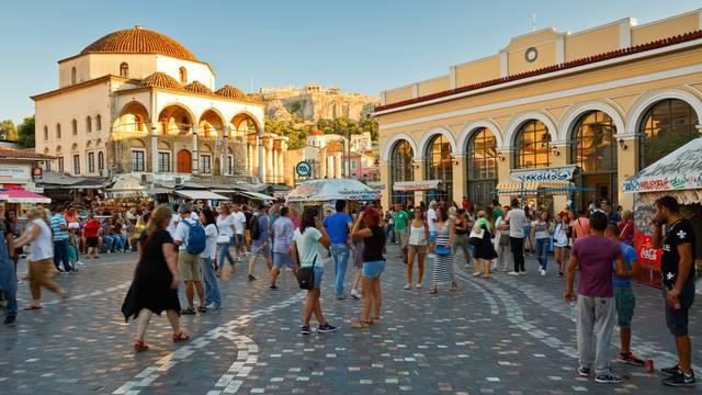 Grci ostaju bez kioska: 'Naše četvrti polako ostaju bez duše'