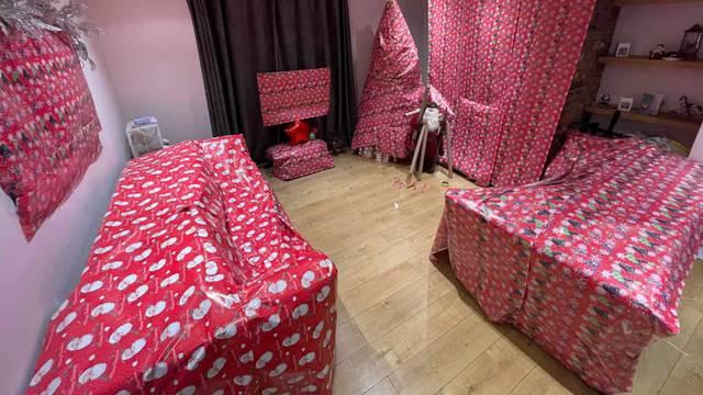 Iznenadila djecu: Mama je cijelu sobu 'sakrila' ukrasnim papirom