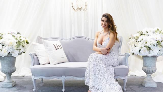 Sajam vjenčanja: Iva Šarić opet u vjenčanici?