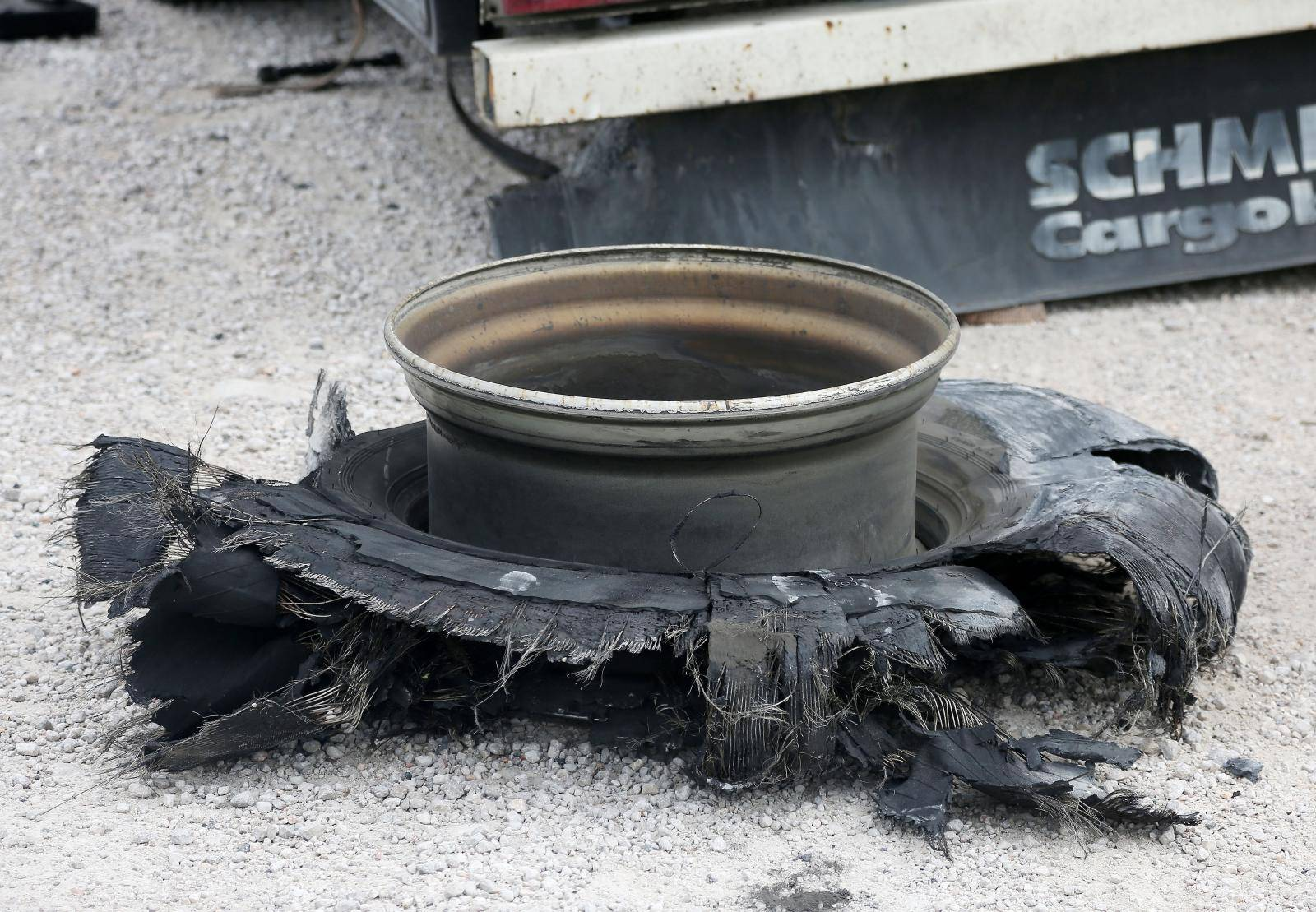 Polača: Vozač kamiona smrtno stradao dok je mjenjao kotač