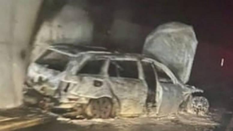 Scene iz horora u Jablanici: Huligani Veleža zapalili sucima automobil i napali ih palicama!