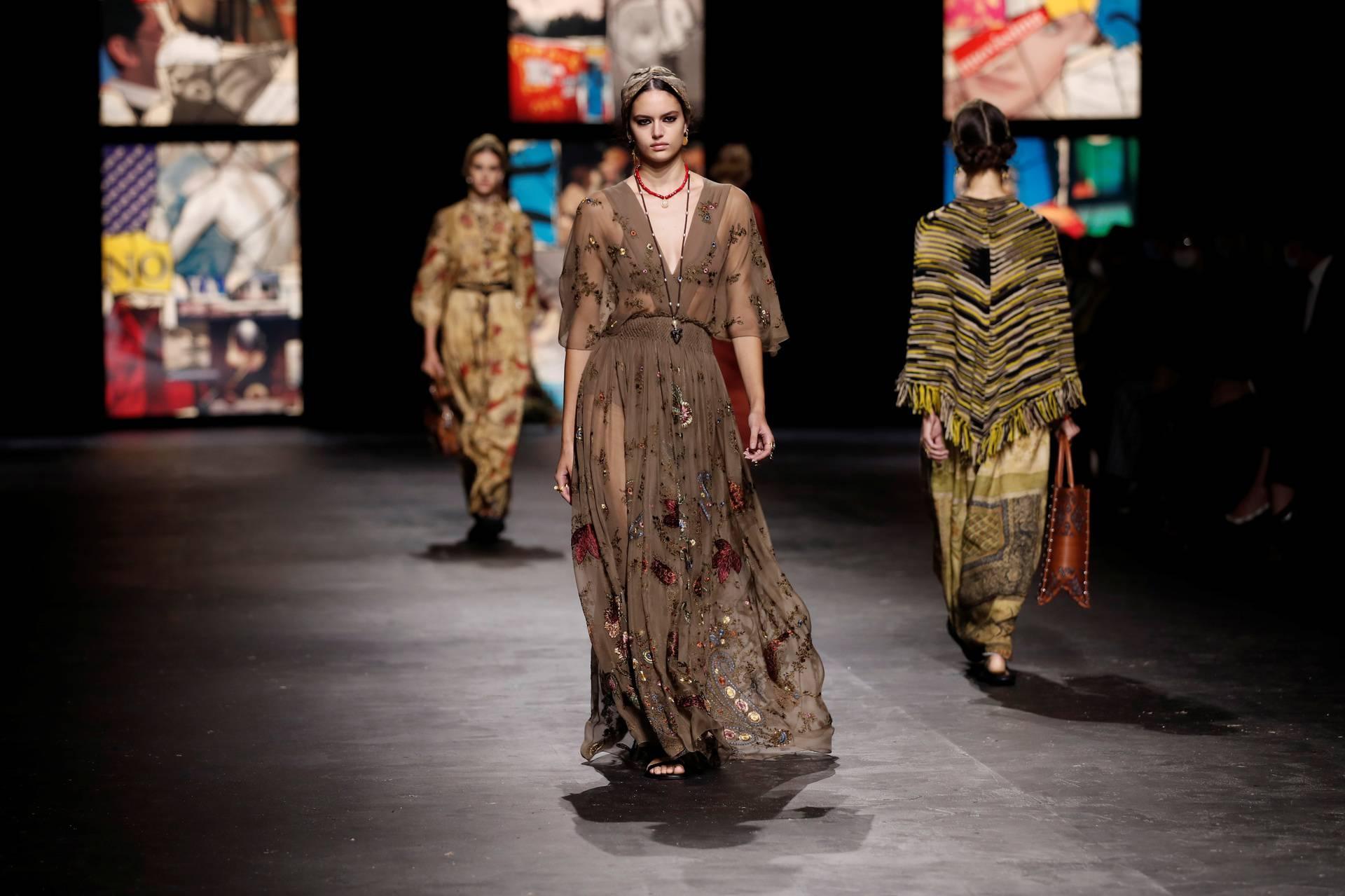 Dior returns to the catwalk in Paris Fashion Week