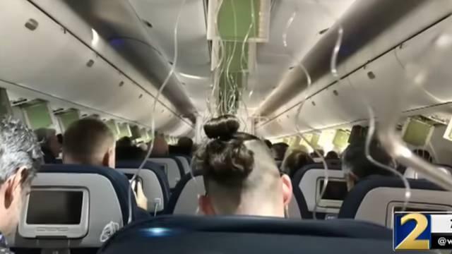 Panika u avionu: Pijani putnik nasilno htio otvoriti vrata
