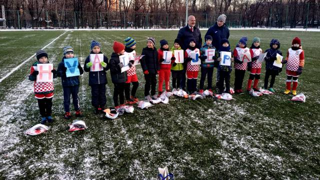 Mali nogometaši iz Rusije treniraju u hrvatskom dresu
