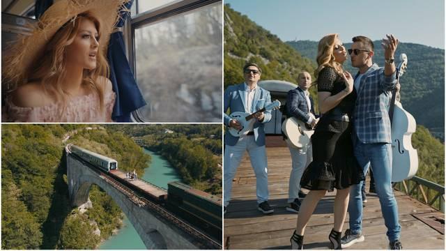 Nina i Tarapana Band snimili su spot na otvorenom vagonu