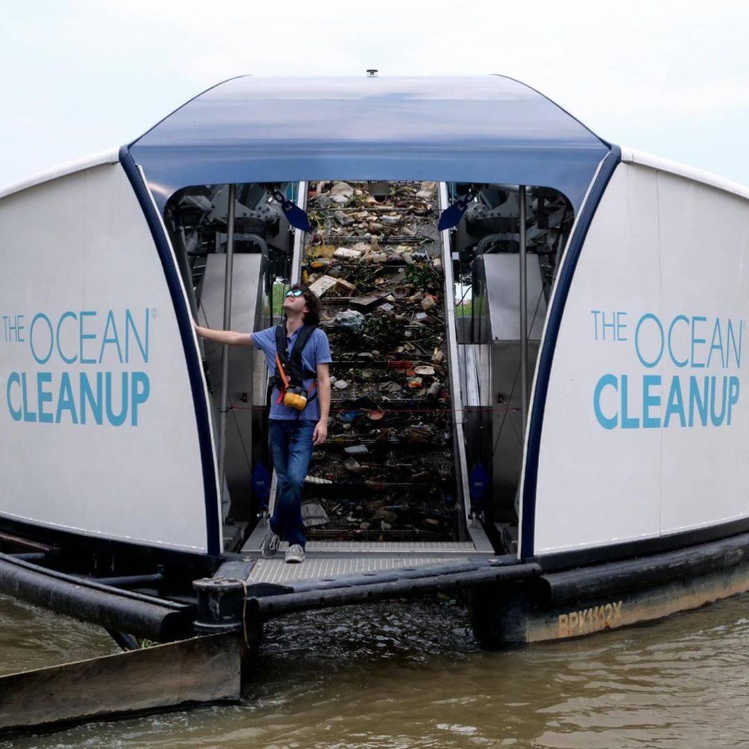 Izumio barku na solarni pogon s kojom čisti rijeke od plastike