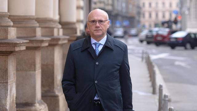 Zagreb: Dolazak na sjednicu u trećem stupnju povodom žalbi na presudu Davida Komšića