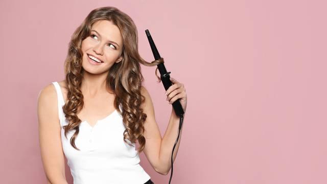 7 razloga zašto vaša ravna kosa ne može dugo zadržati kovrče