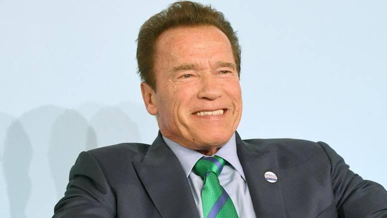 Arnold Schwarzenegger oštro poručio antivakserima i onima bez maske: 'J***š vašu slobodu'