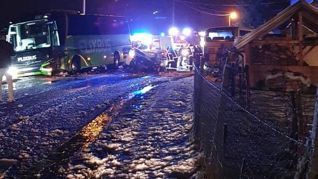 Kaos u Donjem Makojišću: Sudarili se dva autobusa i auto