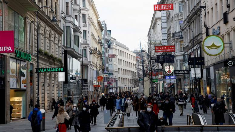 Austrija ukida karantenu za posjetitelje iz 12 zemalja