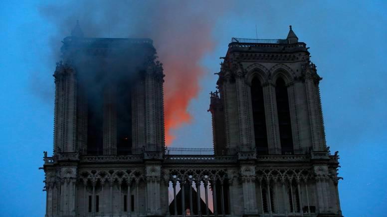 'Mama mi je uspjela izaći iz Notre Damea, bilo je još ljudi...'