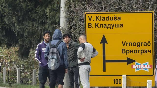 Policija zabranjuje slobodno kretanje migrantima u Krajini