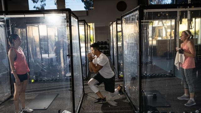 Inovativno: Postavili plastične sobice za vježbanje u teretani