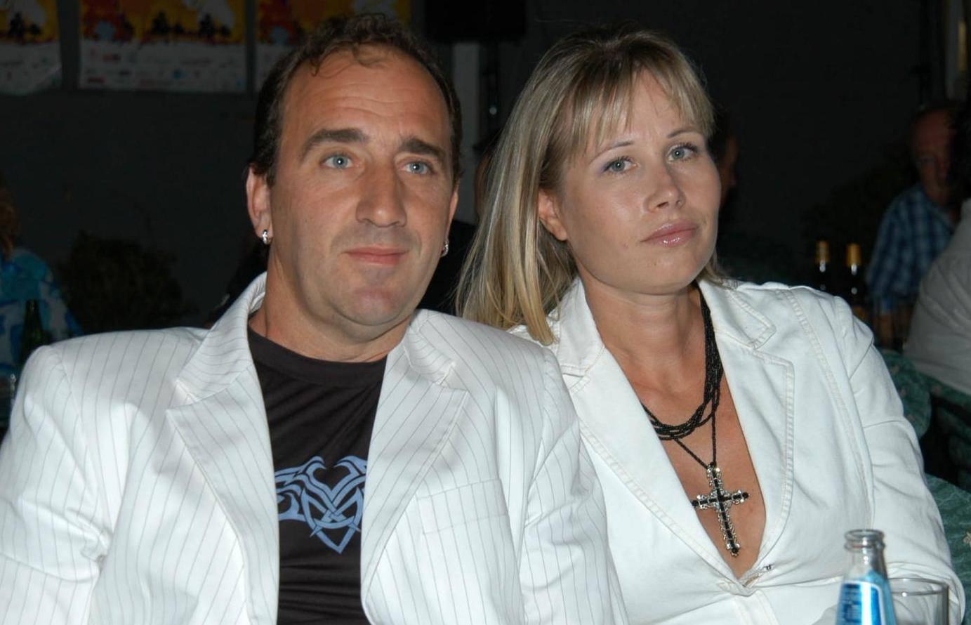 pjevac mladen grdovic i supruga na split festu 2004