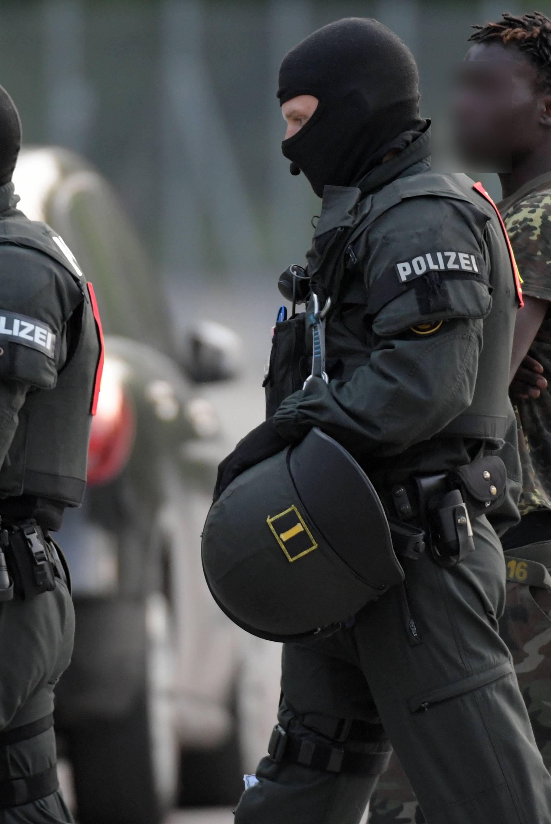 Police operation at refugee centre in Germany