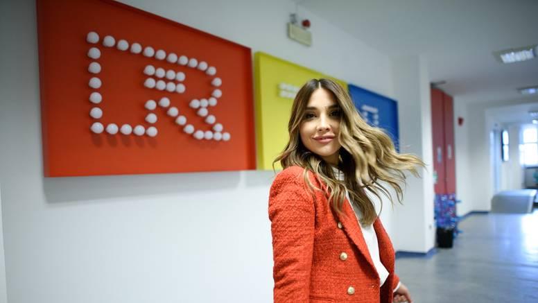 Voditeljica Marijana Batinić uz fotku: 'Ljubav je (opet) na selu'