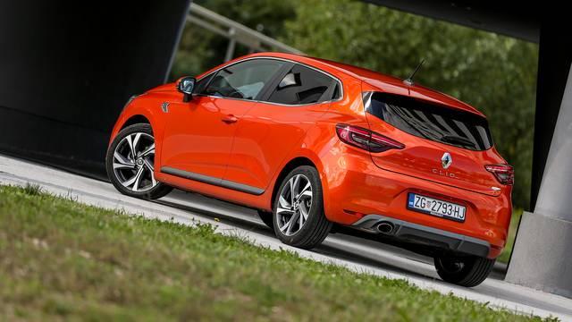 Clio je najpopularniji: Korona prepolovila prodaju automobila