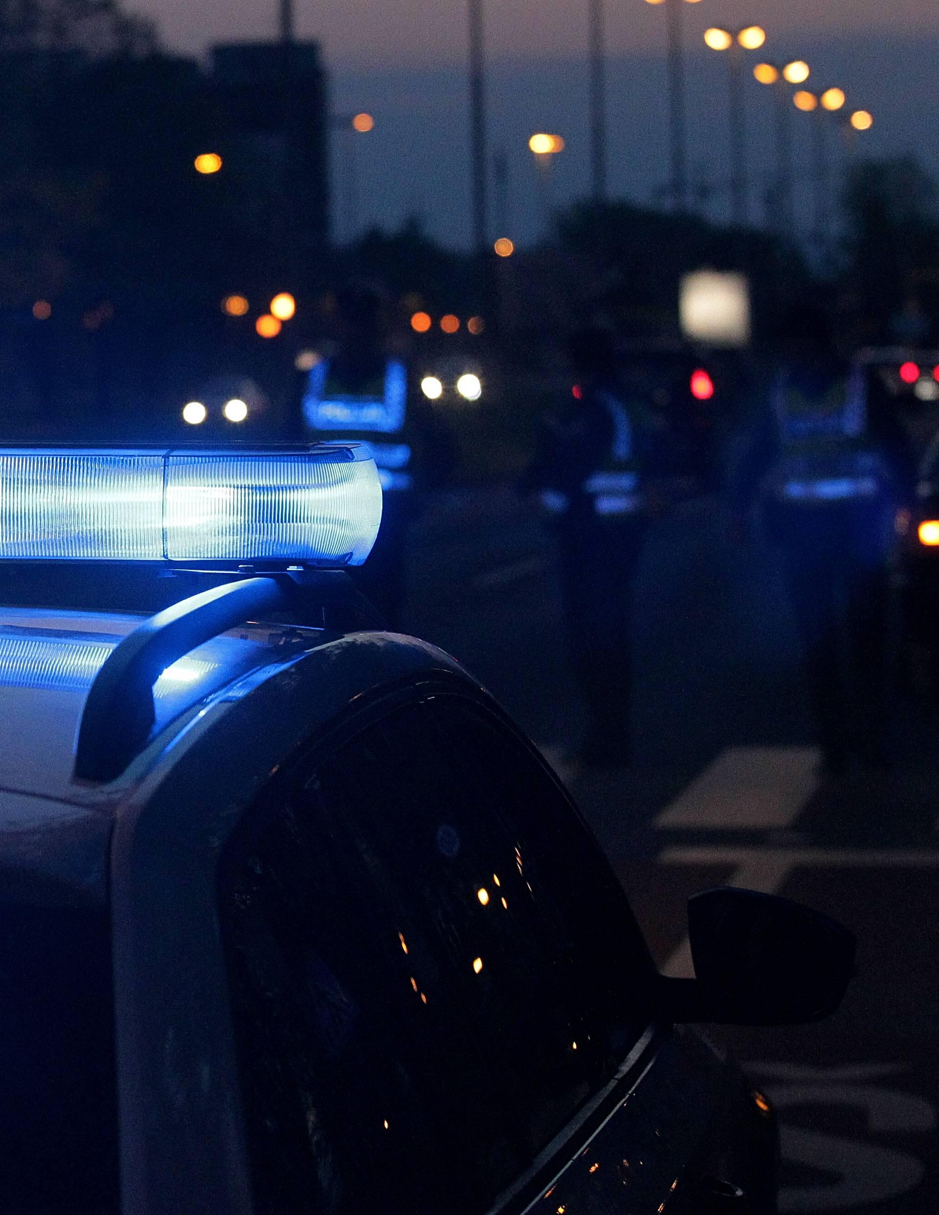 Pucao u zrak iz kuće: Mladić je bio pod utjecajem alkohola