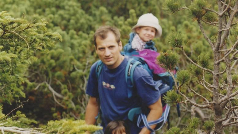 Slaven  Dobrović: Ima sedmero djece i obožava planinarenje...