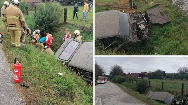 Vlak naletio na auto: Putnik je preminuo, vozač i dalje u bolnici