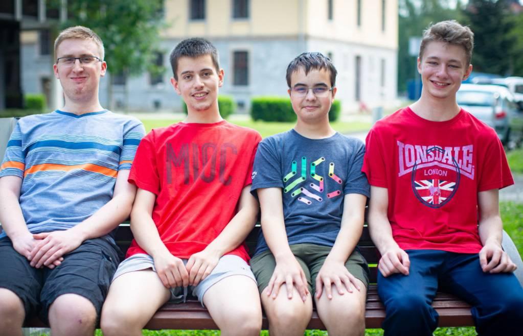 Hrvatski srednjoškolci osvojili zlato, srebro i broncu na jakoj informatičkoj olimpijadi