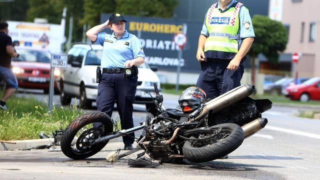 Karlovac: U sudaru s kamionom poginuo motociklist