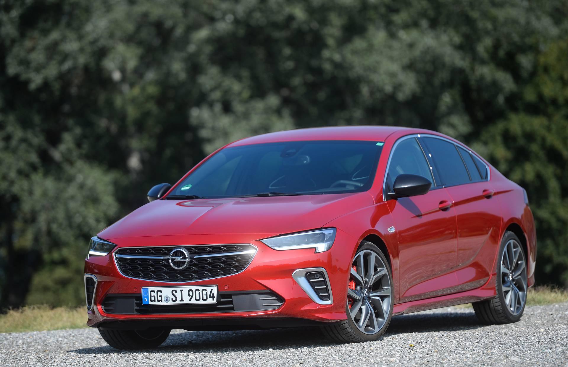 Redizajnirana Opel Insignia: Mnogo novosti ispod karoserije
