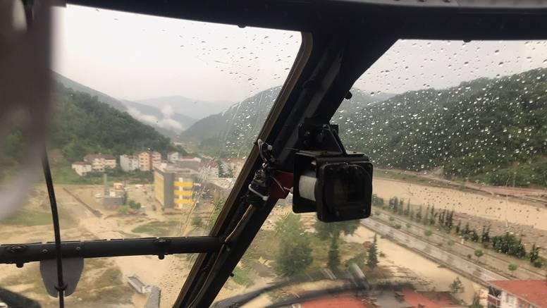 Nakon požara Tursku pogodile i poplave, poginulo četvero ljudi