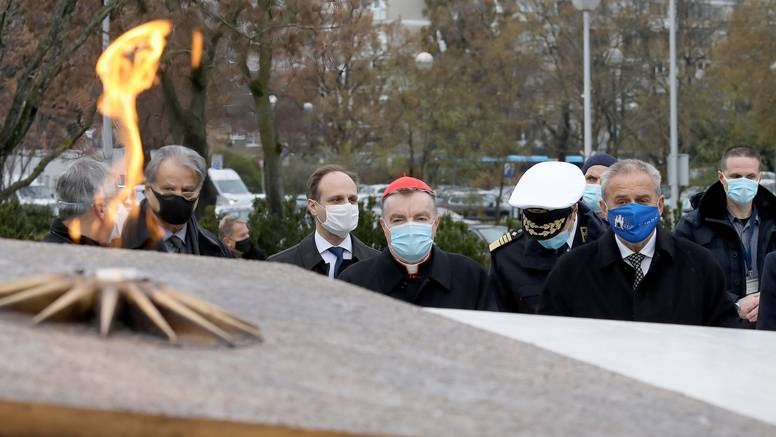 Bandićevo otvaranje spomenika Domovini šamar je toj domovini