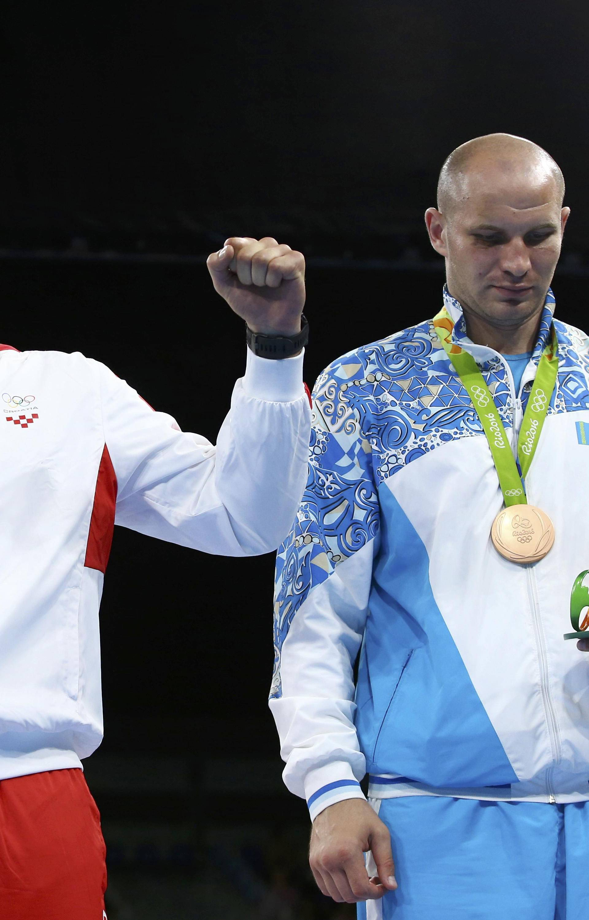 Boxing - Men's Super Heavy (+91kg) Victory Ceremony