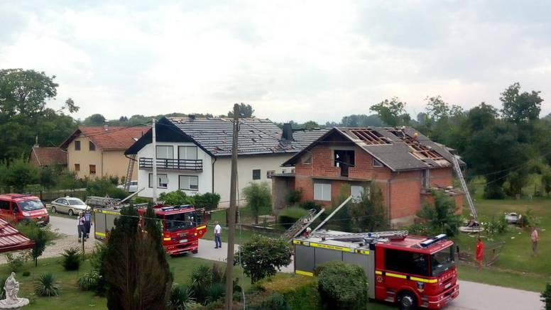 Pijavica je uništila desetak kuća u Hrženici: Čupala je i stabla