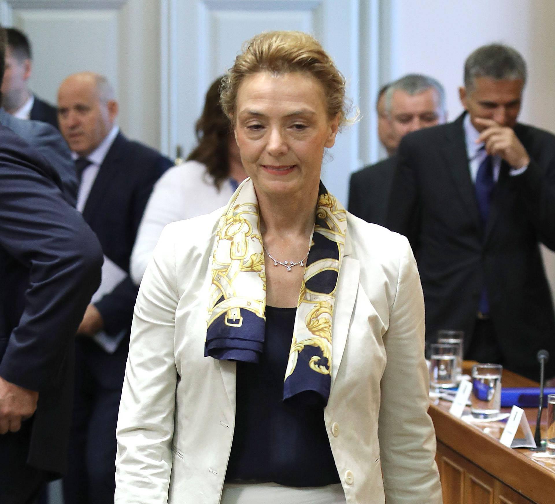 Zagreb: Modni odabir ministrica i zastupnica za današnju sjednicu