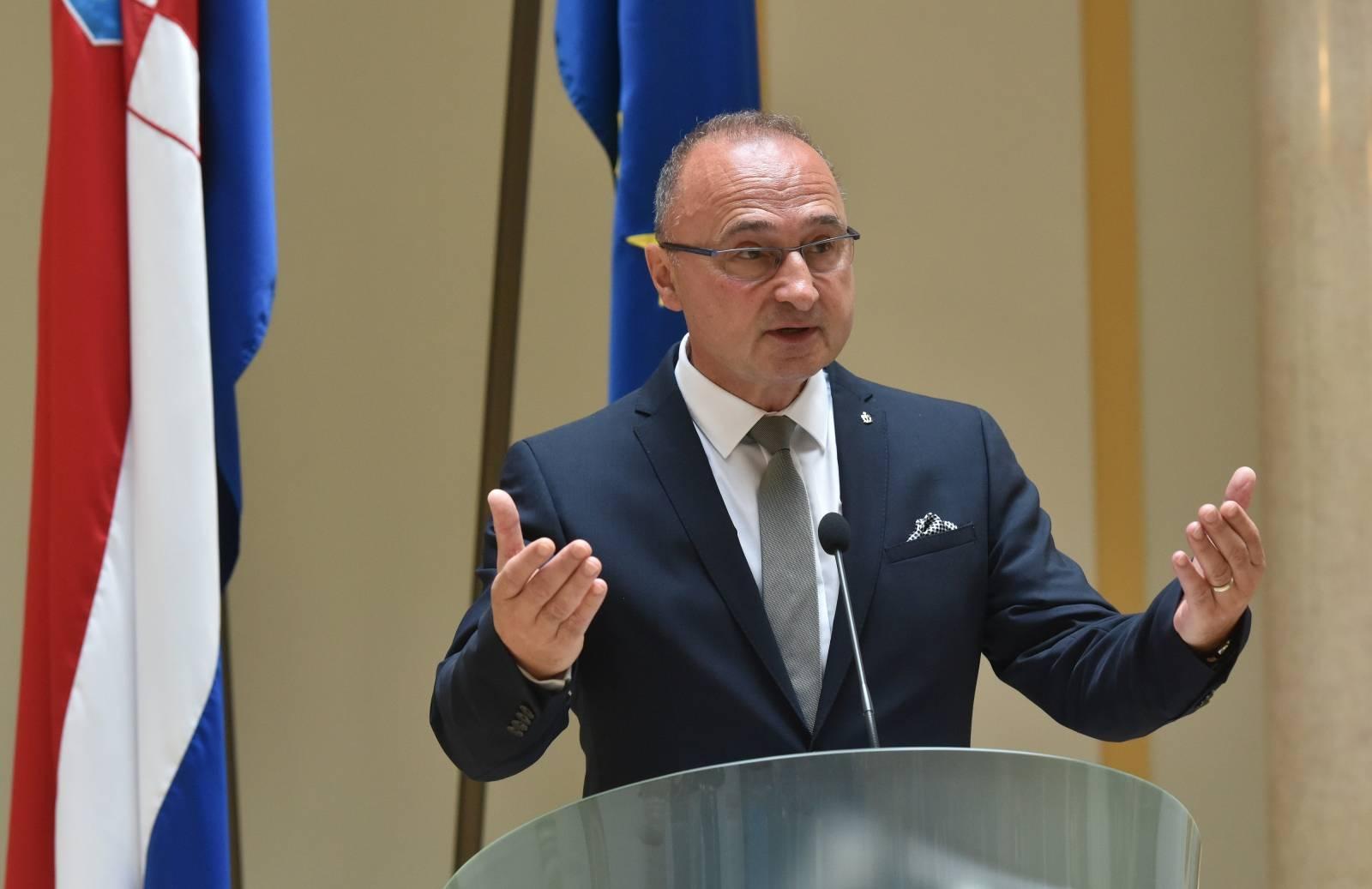 Prva konferencija za medije novog ministra vanjskih i europskih poslova Gordana Grlića Radmana
