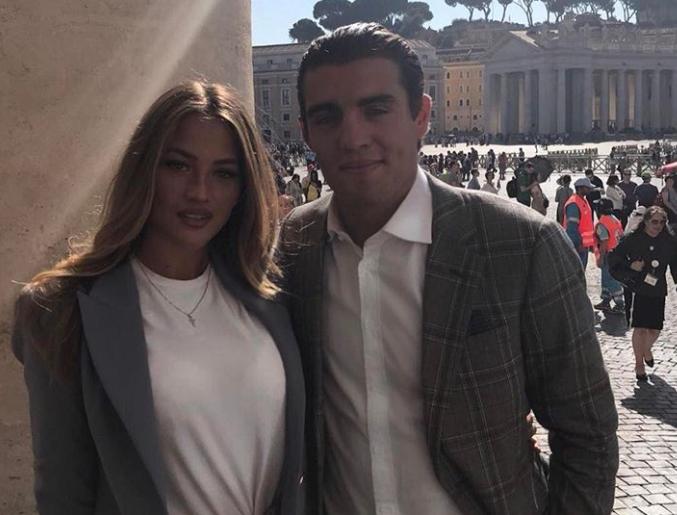 Romantika u Vatikanu: Izabel i Mateo stajali su ispred Pape