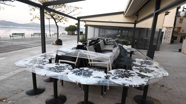 Hrvatska prvi dan u mini lockdownu, zatvoreni kafići i restorani