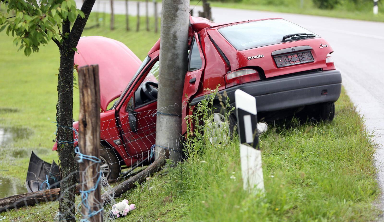 U prometnoj nesreæi u mjestu Široka Rijeka poginula vozaèica